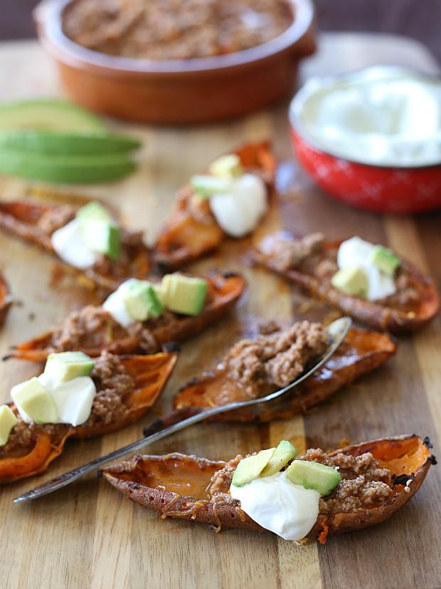 Taco Stuffed Sweet Potato Skins | @hungryfoodlove