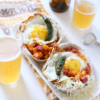 sweet-potato-chorizo-hash-fried-egg-tacos-4