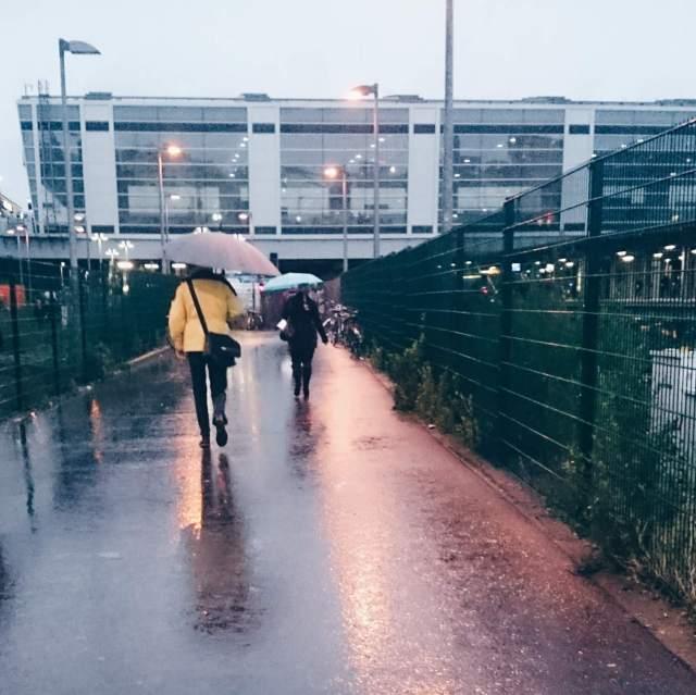Ostkreuz bei Regen