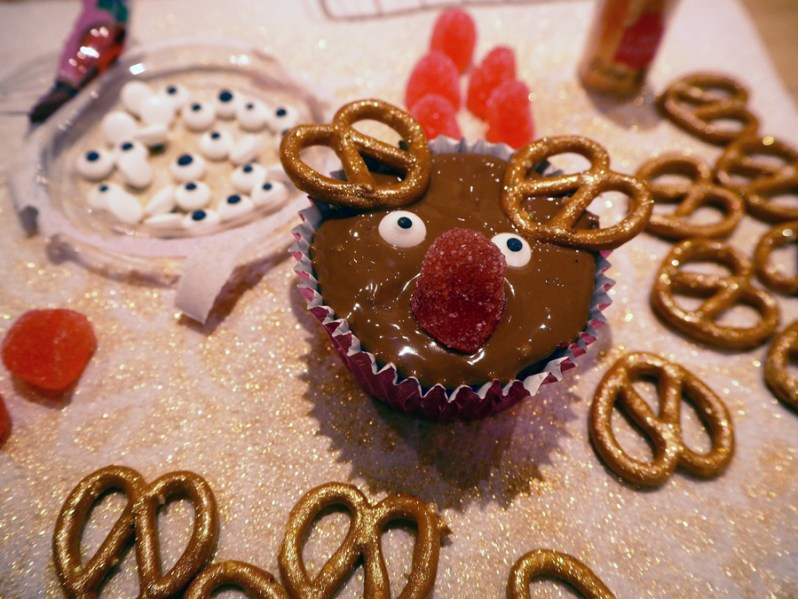 christmas-cupcake-ideas-reindeer
