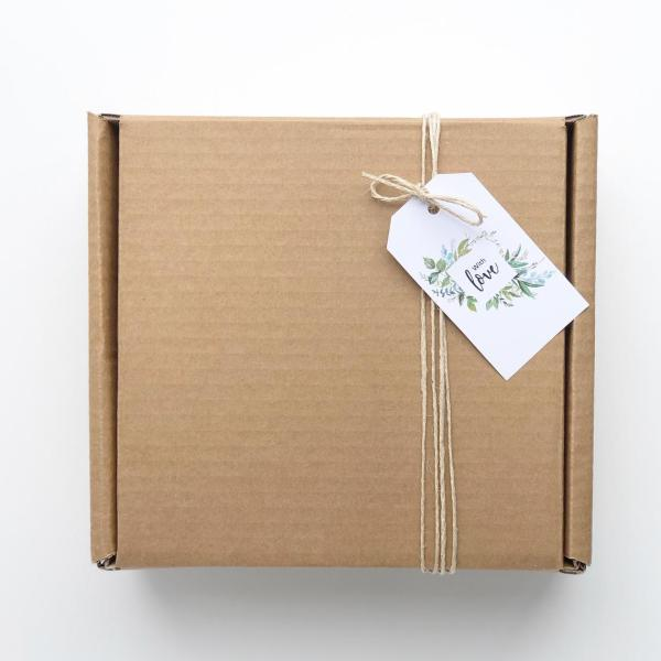 Flowers are Forever Gift box in cream hunter and the fox 2