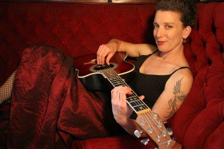 Rubble inner sleeve - photo by NIgel Braddock 2007