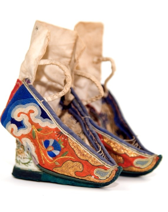 GLAHM:E.1935.14 (shoe, Formosa (Taiwan), East Asia, 1880 – 1900)