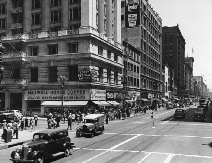 A view from 1939 shows how activated the sidewalks on Broadway once were.
