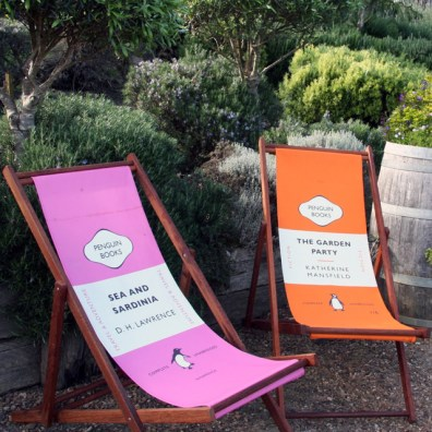 Penguin Books deck chairs - http://www.thefancy.com/things/100591306241219817/Penguin-Deckchairs