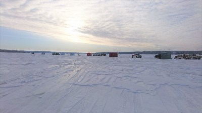 ice fishing on Lake of the Prairies