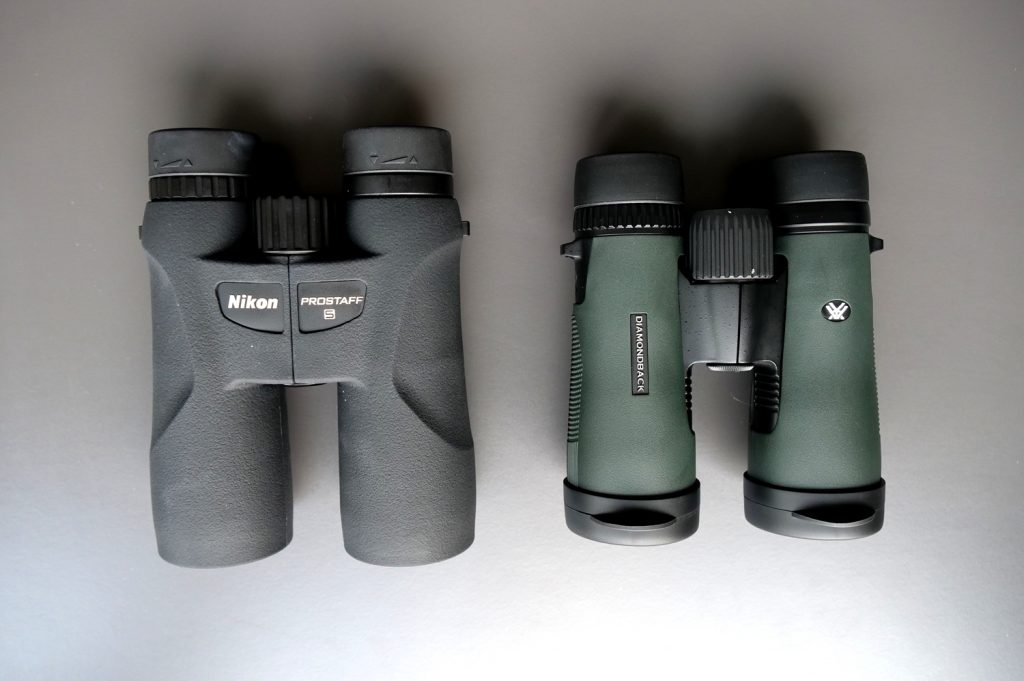 Nikon Prostaff 5 is bigger with fewer details, Diamondback, despite being smaller, weighs more.