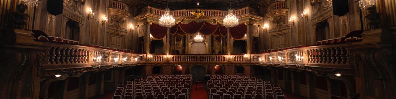 Schönbrunn James Bond Vienna Opera