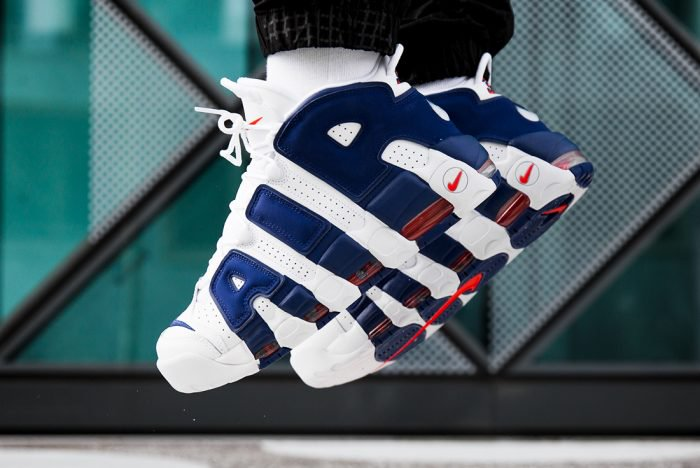 LATEST NIKE AIR MORE UPTEMPO CHANNELS KNICKS VIBES