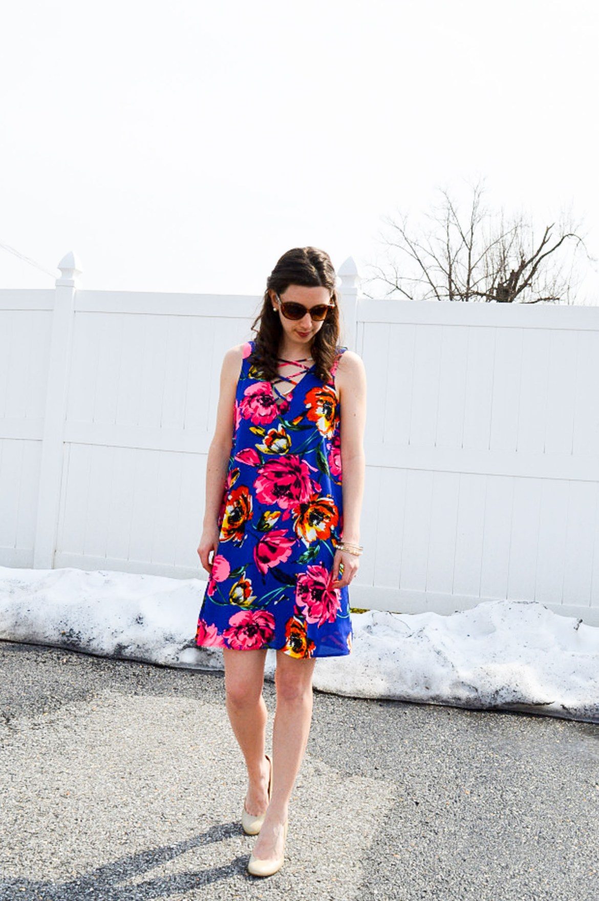 Floral lace-up dress for spring