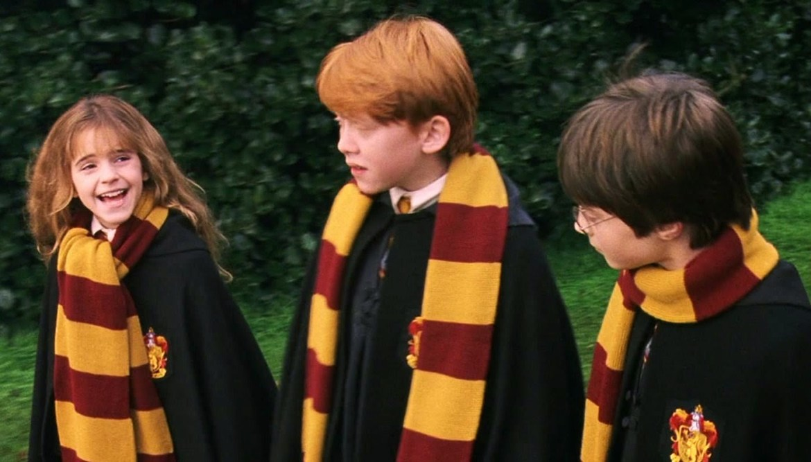 Last-Minute Halloween Costume Ideas | Harry Potter (or really any Hogwarts student)