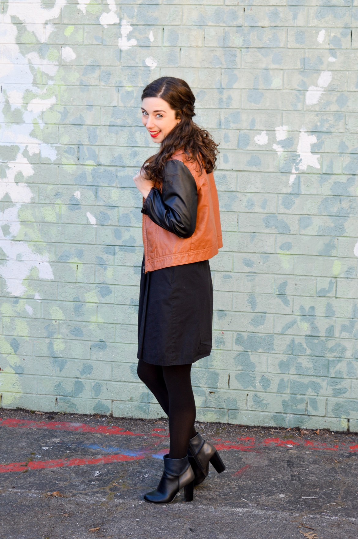 LBD 3 Ways: Jacket + Tights & Booties // Hunting for Pink Flamingos