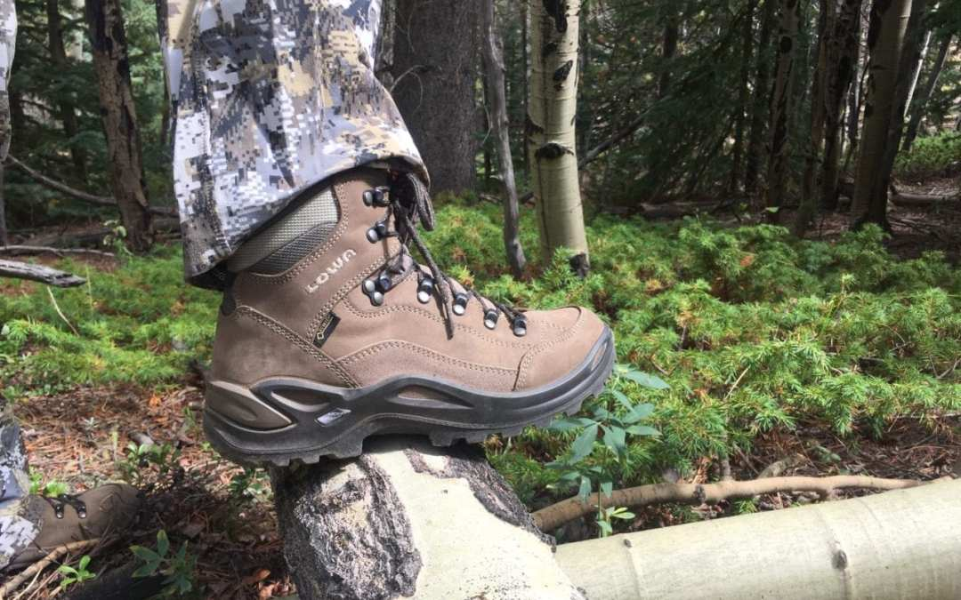 Lowa Women's Renegade GTX Mid Boot Review
