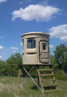fully assembled w/Steel Base, Adjustable Heights, 4x4 Timbers, Powder Coated Bases, Deer Stand, Sportsman, Muddy