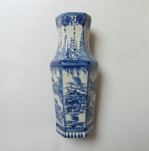 blue-flow-vase1