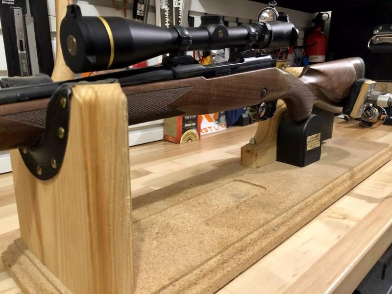 Winchester Model 70 Super Grade with Leupold Scope