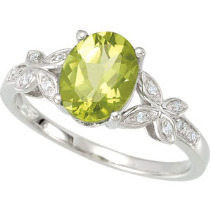 Oval Green Peridot 14k White Gold Ladies Ring