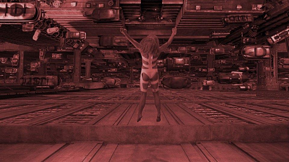 Milla Jovovich Fifth Element Leeloo Dallas