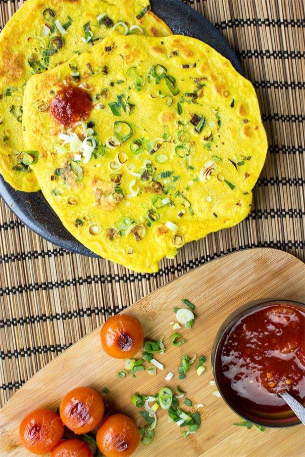 Chickpea Flour Pancakes - 18 Vegetarian Breakfast Ideas | hurrythefoodup.com