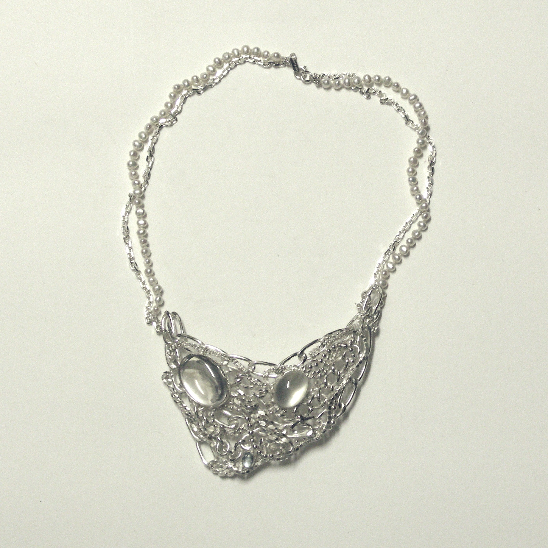 TSN-Tangled chain and stone necklace