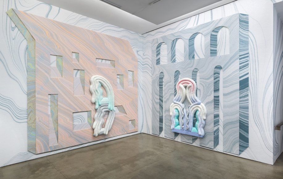 American designer and artist Lauren Clay presents the Windows and Walls exhibition, until December 21, 2018 in New York.