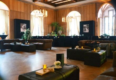 Firmendekoration_Firmenfeier_Event_20er_Jahre_gold_schwarz_great_gatsby_Schloss_Heidelberg23