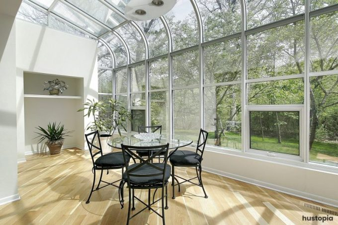 Glass sunroom ideas with scandinavian look