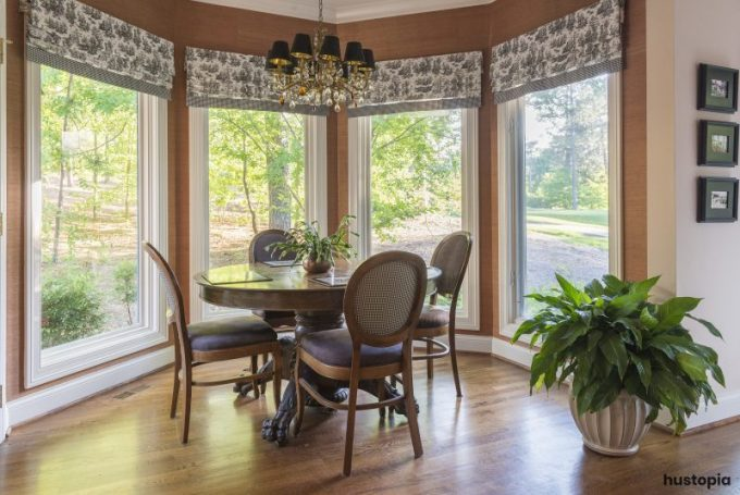 Small sunroom ideas with classical approach