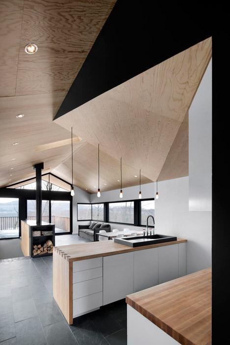 Asymmetrical Kitchen Ceiling
