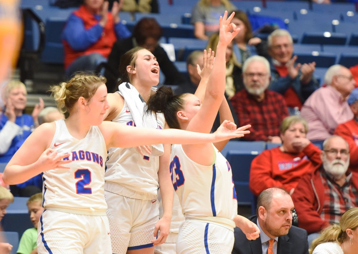 Roundup: Blue Dragon women with thrilling win