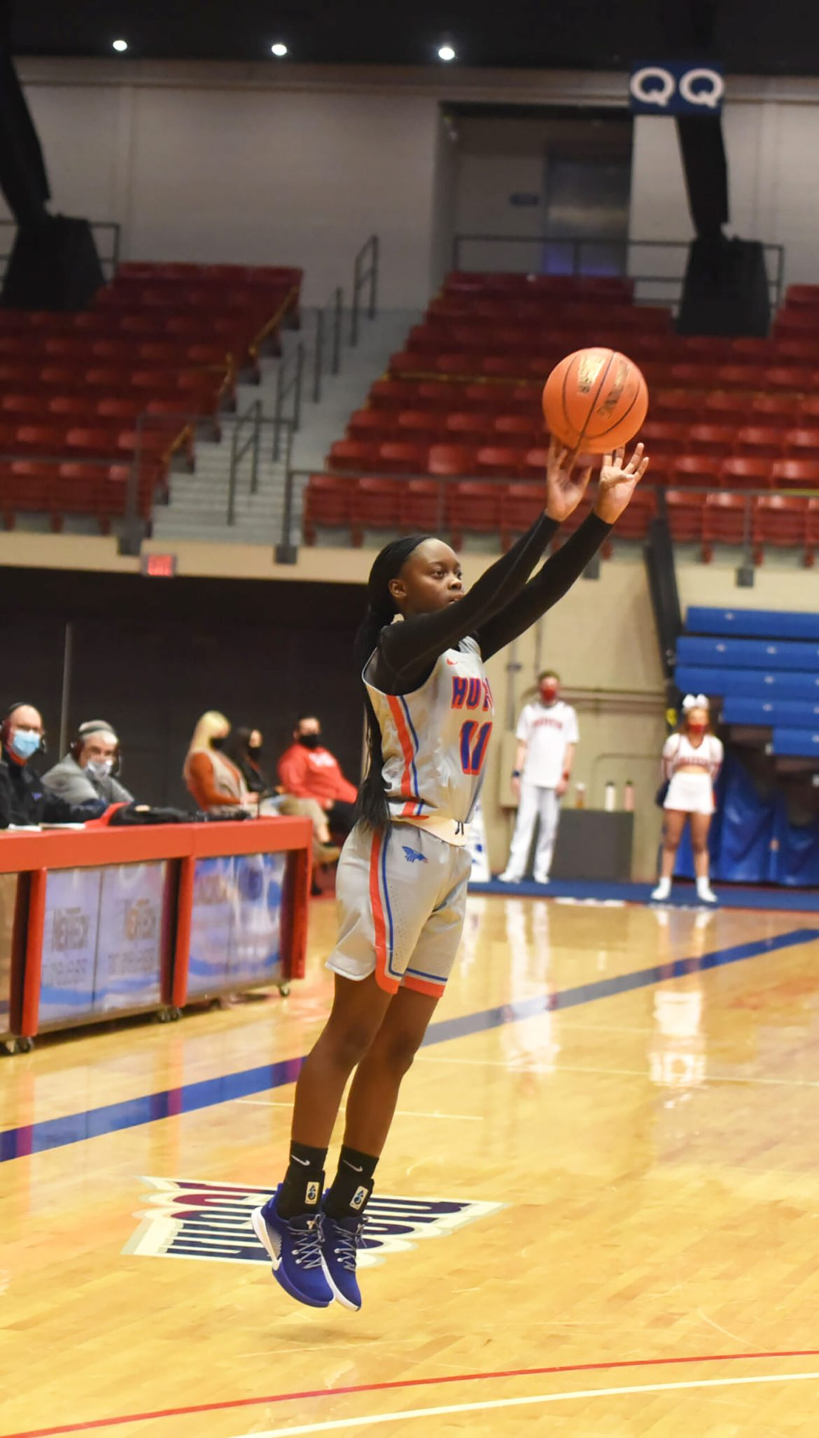 Sports roundup: Blue Dragon women's basketball wins a thriller with Seward County