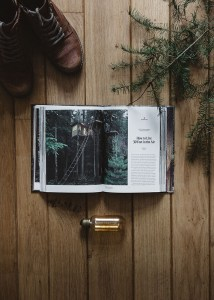 Concept photography Cabin porn book - Product photography
