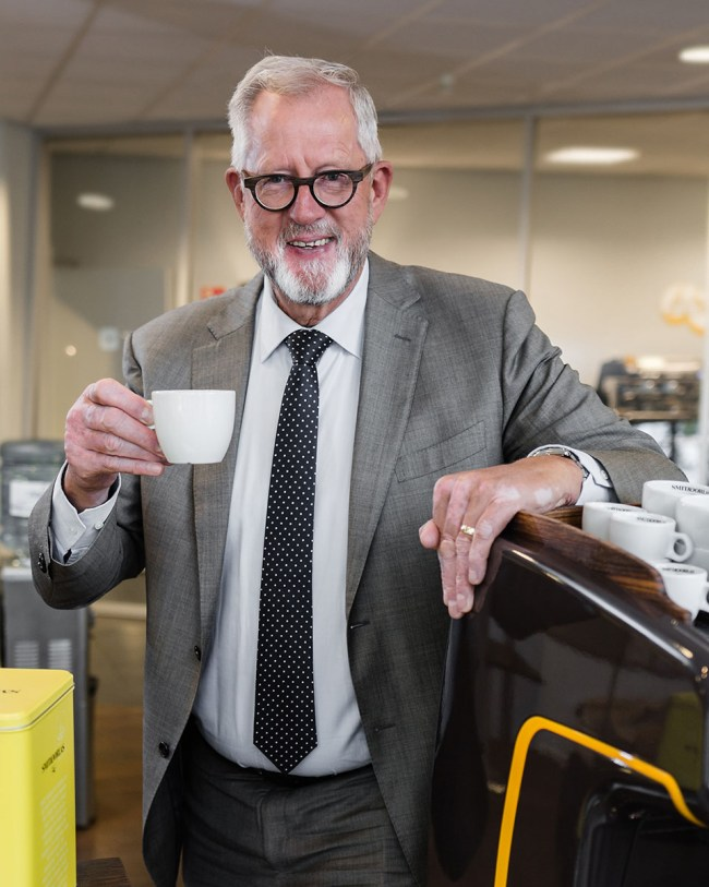 Bedrijfsfotografie Smit en Dorlas voor Coffee Milk Magic magazine van FrieslandCampina.