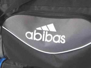 63ff20854a0e Как отличить подделку Адидас Adidas от настоящей качественной вещи ...
