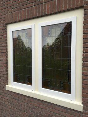 Voorzet ramen verwijderd en afgewerkt