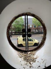 Oud glas in lood verwijderd