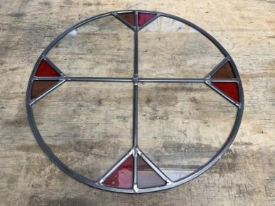 Nieuwe ronde glas in lood ruit gesoldeerd