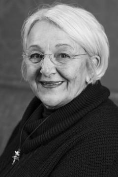 Janet Lyons
