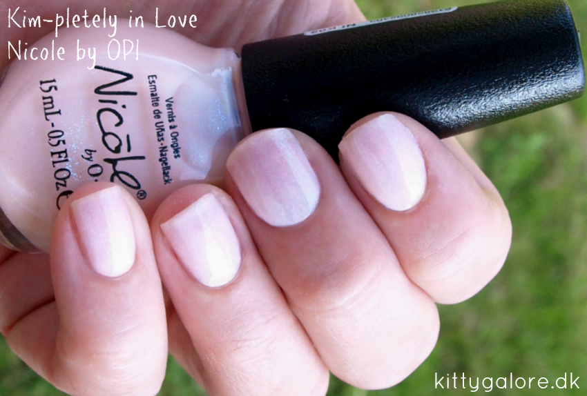 neglelak Kim-pletely in love Nicole by OPI