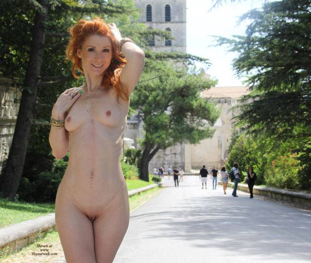 Amateur Photo Redhead Vienna Naked In Public