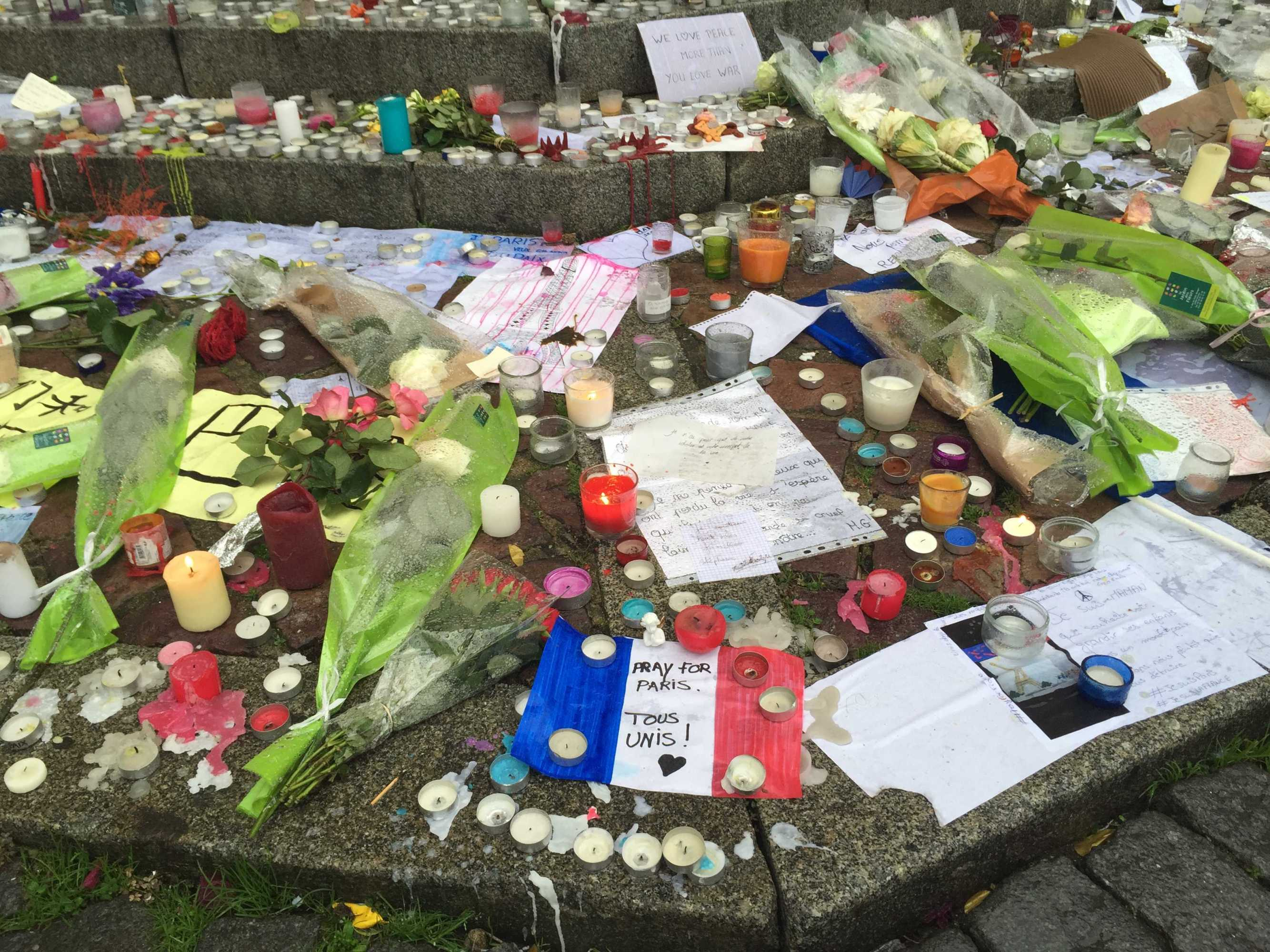 Those in Rennes made a memorial in the city center Nov. 17. Credit: Danielle Kaye/Chronicle