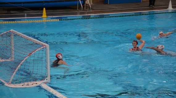 Girls' water polo hopes to maintain league win streak