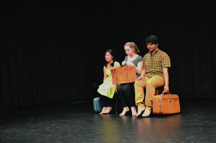 Students dance in showcase