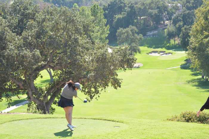 Girls' Golf continues league winning streak