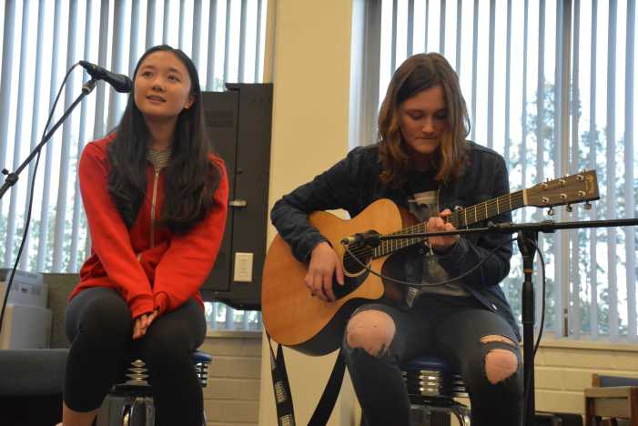 Prefect Council holds first Coffeehouse of the year