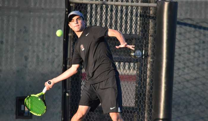 Boys' tennis dominates second match