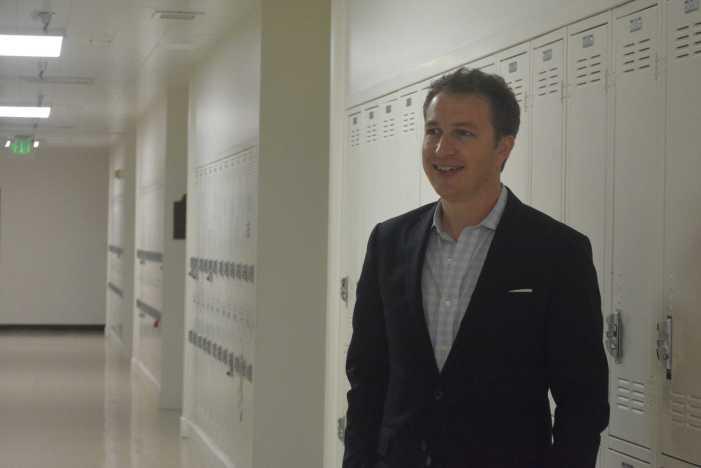 Alum challenges school board president