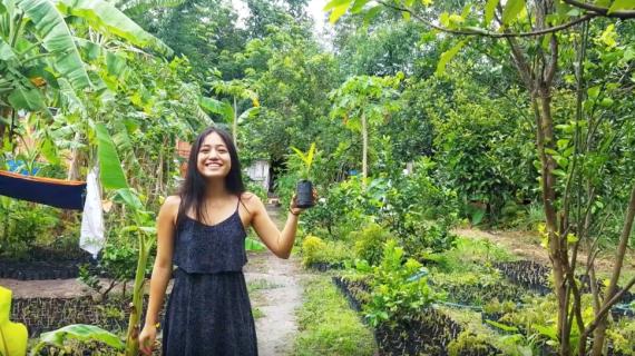 Alyse Tran '18 studied herbal medicine in Vietnam