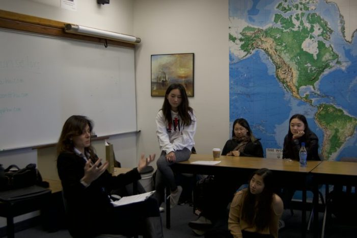 Therapist speaks to ASiA club about mental health