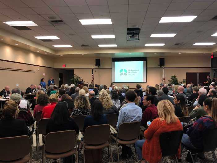 Residents voice complaints about FAA's new flight proposal